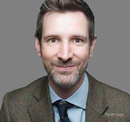 Dr Andrew Johnston