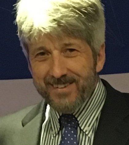 Professor Eamonn Maher - head and shoulders