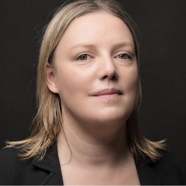 Charlotte Summers headshot