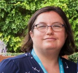 Headshot of Dr Yvonne Cartwright
